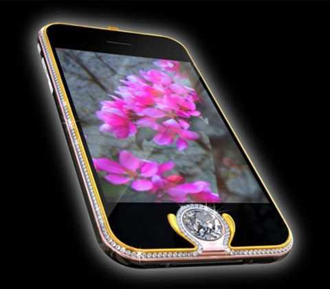 iPhone 3G Kings Button - 2,5 triệu USD. Mặc dù model iPhone đã cũ nhưng bù lại những viên kim cương này được cắt tỉa gọn gàng và đẹp đẽ hơn. Bên cạnh đó là những chi tiết được bọc vàng - tạo vẻ đẹp hoàn mỹ cho chiếc điện thoại xa xỉ này