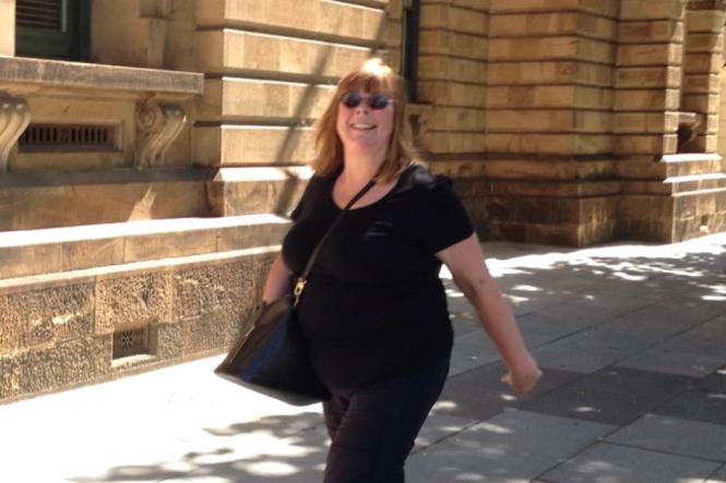 Tiến sĩ người Úc Janice Duffy đã thắng kiện Google 100.000 USD vì họ không gỡ một báo cáo về bà trong kết quả tìm kiếm - Ảnh: ABC News