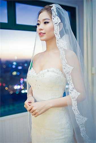 Vừa qua, Á hậu Diễm Trang đã tổ chức tiệc cưới mang đậm phong cách châu Âu tại một khách sạn 5 sao ở ngay trung tâm TP.HCM.