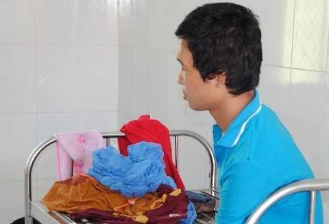 Hào Anh trao đổi PV tại Bệnh viện tâm thần tại Đắk Lắk