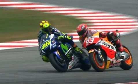 Cú đạp lịch sử của Rossi