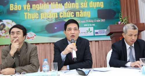 Ông Nguyễn Thanh Phong, Cục trưởng Cục ATTP trả lời báo chí về quản lý TPCN.