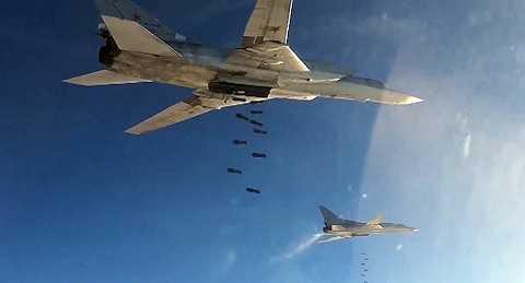 Máy bay ném bom chiến lược Tu-22 của Nga dội bom IS