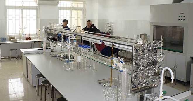 Trang thiết bị phòng thí nghiệm của ĐH Kinh doanh Công nghệ chuẩn bị phục vụ cho việc đào tạo y dược