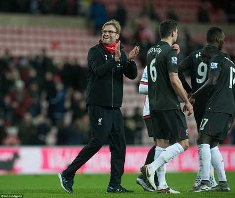 Jurgen Klopp ăn mừng chiến thắng sít sao trước Sunderland