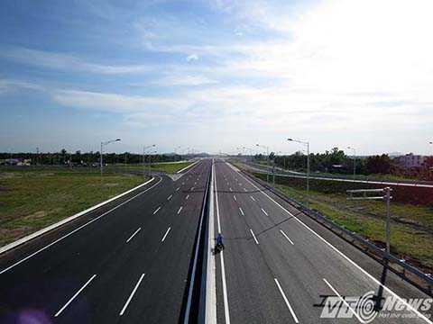 Cao tốc Hà Nội - Hải Phòng đã thông xe vào đầu tháng 12/2015