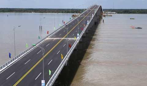 Cầu Cổ Chiên khánh thành trong niềm mong đợi của người dân hai tỉnh Bến Tre và Trà Vinh
