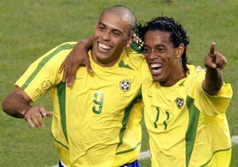 Các ngôi sao hàng đầu của Brazil sẽ sang Việt Nam vào tháng 4