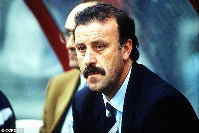 Vicente del Bosque là phương án chữa cháy cho Floro. Nhưng 'Ngài râu kẽm' cũng chỉ làm việc đến tháng 6/1994