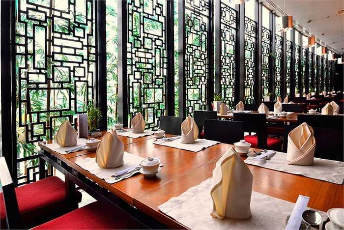 Trong đó, có phòng ăn Á Đông với đồ ăn hợp khẩu vị Việt Nam.