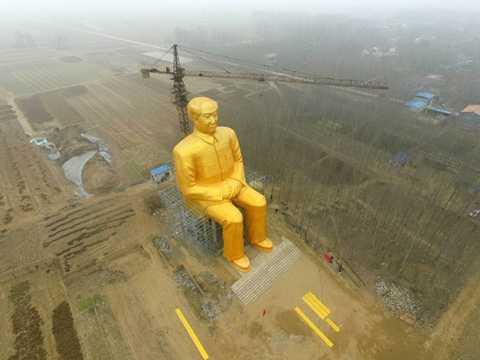 Bức tượng vàng cao bằng tòa nhà 10 tầng của cố chủ tịch Mao Trạch Đông sắp được khánh thành