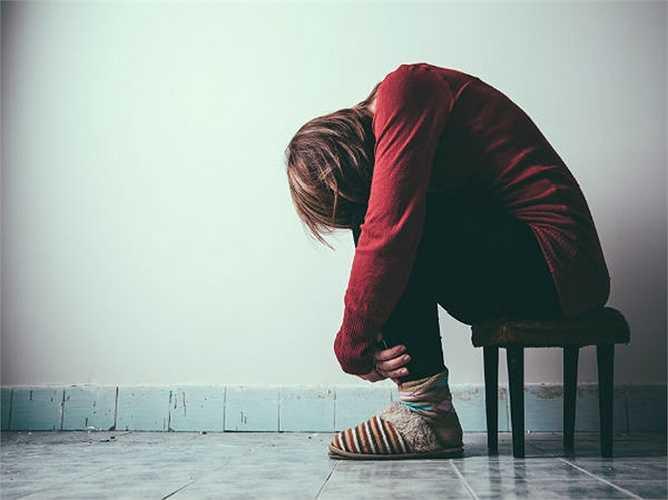 Ngăn chặn trầm cảm: Một nghiên cứu mới khẳng định rằng hoạt động xã hội có thể ngăn ngừa trầm cảm. Và đối với những người bị trầm cảm, kết nối xã hội lành mạnh có thể tăng cường quý trọng bản thân. Cô lập có thể làm bạn thấy ảm đạm và chán nản dần.