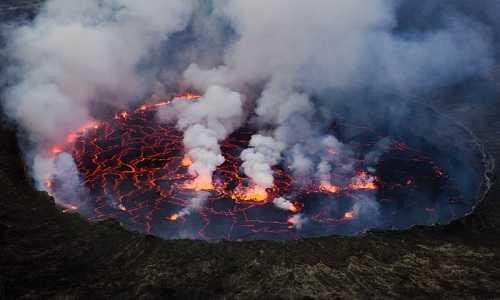 Trái Đất có thể sẽ bị siêu núi lửa tàn phá. Ảnh: Wikipedia.