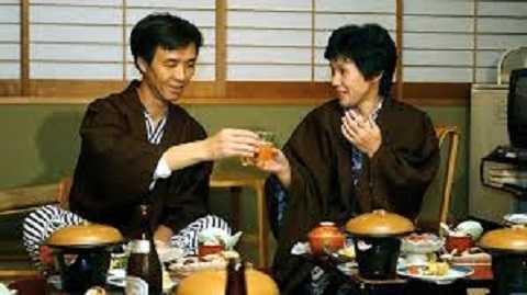 Cuộc sống của ông Kaoru và vợ sau khi trở về nước