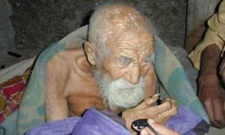 Cụ ông Mahashta Murasi khỏe mạnh ở tuổi 179.