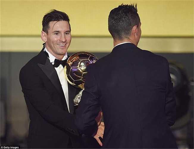 Mối quan hệ giữa Messi và Ronaldo dường như không hề có xích mích nào. Đơn giản giữa cả hai chỉ là sự cạnh tranh trên sân cỏ