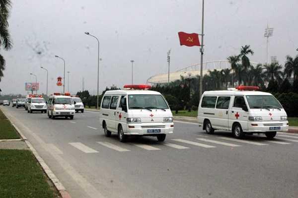 Hơn 300 cán bộ y tế được huy động phục vụ Đại hội Đảng 12.