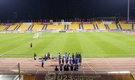 Suhaim Bin Hamad chính là sân nhà của CLB Qatar SC đang chơi tại giải VĐQG Qatar. Mặc dù có sức chứa khá khiêm tốn (khoảng 15.000 chỗ ngồi), nhưng cơ sở vật chất của SVĐ này đủ để cho bất cứ đội bóng nào cũng phải thèm muốn.