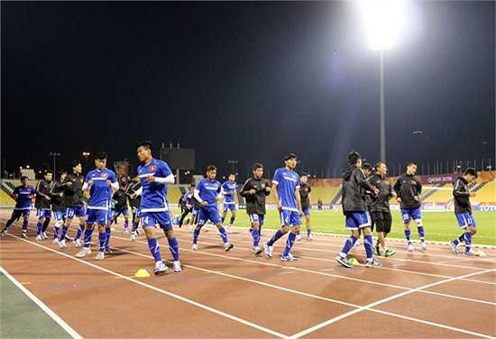 Hạng mục quan trọng nhất là mặt sân thi đấu được Ban huấn luyện U23 Việt Nam đánh giá là hoàn hảo, phẳng và mịn như một tấm thảm.