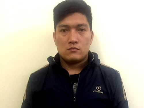 và Nguyễn Huy Tuyên sau khi bị bắt giữ