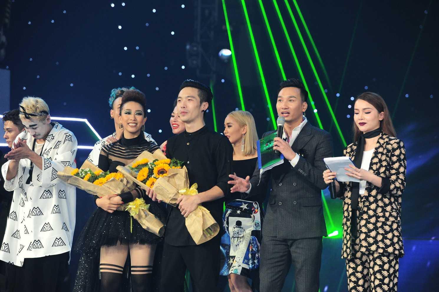 Team của ca sĩ Hoàng Thùy Linh đã chiến thắng trong liveshow 3 The Remix