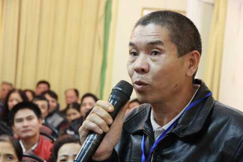 Anh Nguyễn Thanh Nhân đã bấm huyệt chữa điếc thành công cho nhiều người