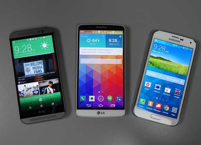 Nhiều mẫu Android cao cấp đời cũ hiện có giá bán khoảng 3 - 4 triệu đồng. Ảnh: Droid Life.