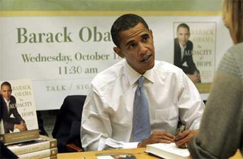 Tổng thống Obama dự định sẽ viết Hồi ký sau khi rời Nhà Trắng (Ảnh AFP)