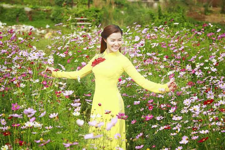 Ngọc Anh cũng tiết lộ cô đang ấp ủ một liveshow thật hoành tráng trong năm nay để tri ân fan hâm mộ.