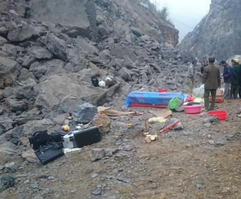 Các nạn nhân trong vụ sập mỏ đá