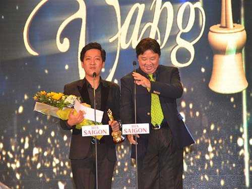 Trường Giang giành giải: Nam diễn viên sân khấu xuất sắc nhất; Diễn viên hài xuất sắc nhất; Nghệ sỹ xuất sắc nhất