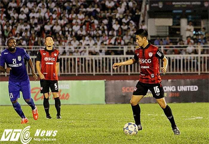 Nhiều chuyên gia đánh giá, cầu thủ sinh năm 1992 này là tiền vệ trung tâm xuất sắc nhất Đông Nam Á hiện tại.