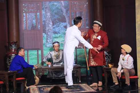 Hoài Linh thử thách bốn khách mời bằng cuộc thi kén rể.