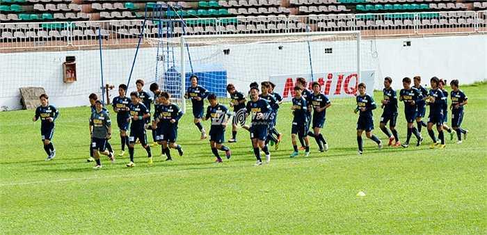 Tiền vệ quê Thái Bình đã nỗ lực tập luyện từng ngày để hoàn thiện chuyên môn, đồng thời nỗ lực cả việc học ngoại ngữ để thuận tiện cho việc giao tiếp. (Ảnh: Hùng Linh)