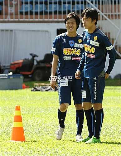 Đội bóng Nhật có ít nhất 10 tiền vệ trong đội hình và đang trong quá trình thanh lọc, bổ sung nhân sự chuẩn bị cho mùa giải mới.