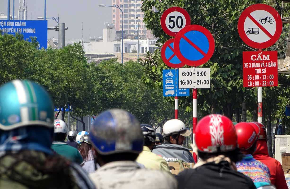 Với tốc độ 50km/h, nhiều người cho là hợp lý bởi các tuyến đường trên địa bàn thành phố đã được xây dựng, mở rộng với nhiều làn đường cho xe lưu thông