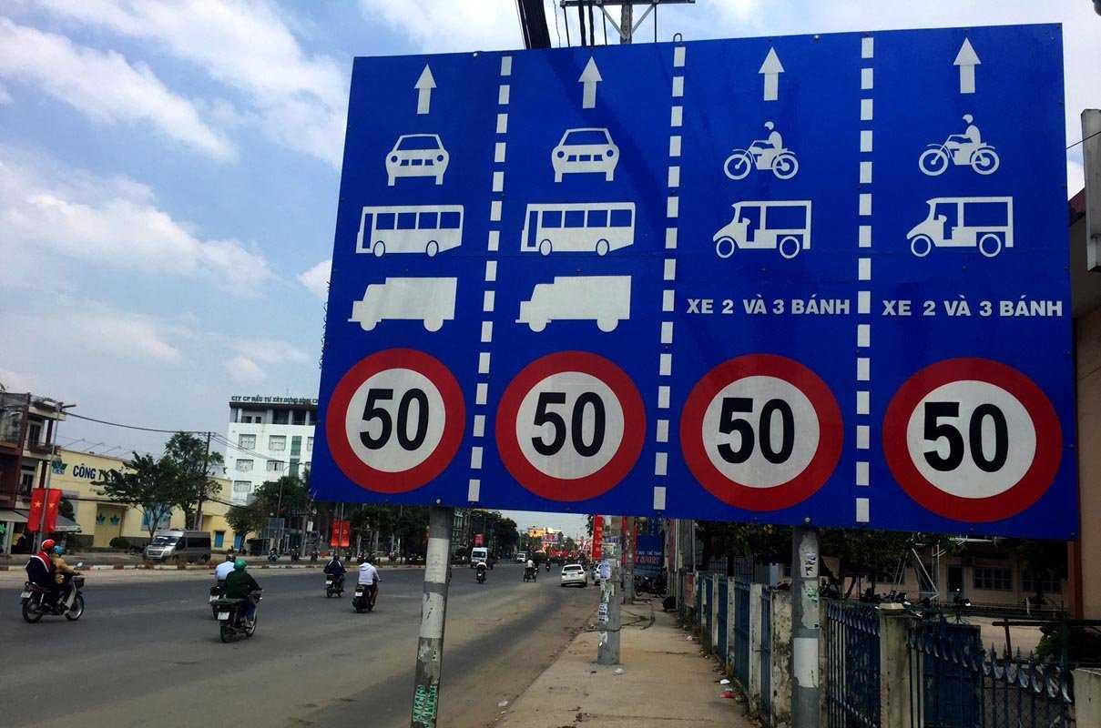Đoạn đường Kinh Dương Vương (Q5, Q6 và Bình Tân) các biển báo giới hạn tốc độ cho các làn xe đều được điều chỉnh lên 50km/h