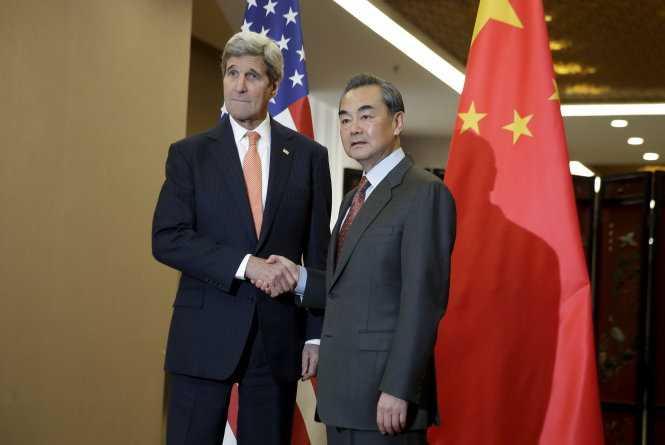 Ngoại trưởng Mỹ John Kerry gặp người đồng cấp Trung Quốc Vương Nghị ở Bắc Kinh
