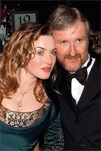 8. Năm 1998, đạo diễn Titanic - James Cameron đã khiến mọi người… co rúm lại khi ông hét lớn đầy tự tin 'Ta là vua của thế giới này!' khi lên sân khấu nhận giải. Bộ phim Titanic giành 11 giải Oscar, bằng kỷ lục của Ben Hur 1959.