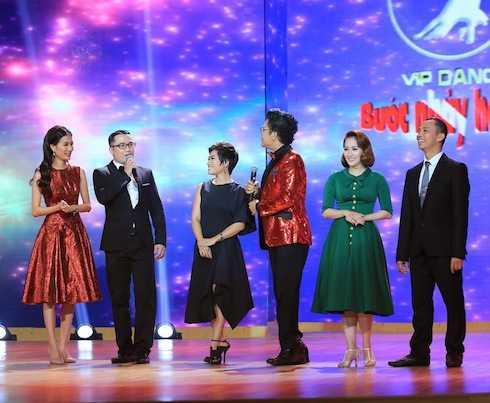 Kiện tướng Dance Sport quốc tế Chí Anh - Khánh Thi - Hồng Việt và Hiệu phó trường múa thành phố Hồ Chí Minh – Biên đạo múa Trần Ly Ly