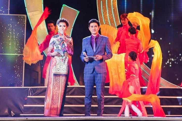 Đã thành thông lệ hằng năm của Giải Mai Vàng, sau khi lễ trao giải diễn ra thành công, BTC sẽ đưa các nghệ sĩ vừa đoạt Giải Mai Vàng và nghệ sĩ khách mời đến giao lưu trình diễn phục vụ cho hàng chục ngàn công nhân.
