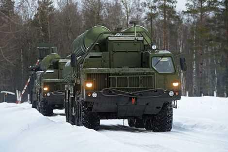 Dự kiến đến năm 2017 sẽ có thêm một trung đoàn S-400 nữa tham gia bảo vệ Matxcơva