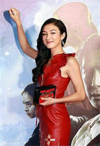 Lưu Thừa Vũ đóng vai Tuyết Bình trong phim Ngọa hổ tàng long 2.