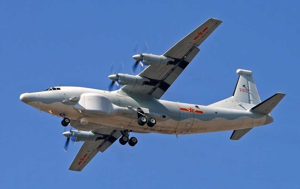 Máy bay Y-8 của Trung Quốc