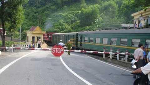 mua đường sắt cũ trung quốc