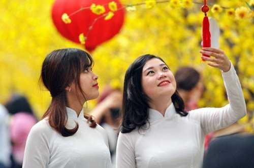 Năm mới, người Việt thường kiêng kỵ một số điều để cả năm được may mắn (ảnh minh họa)