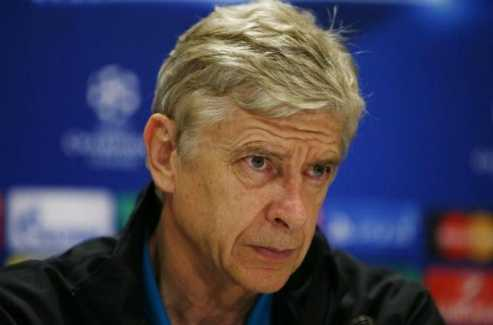 Wenger lo ngại Trung Quốc