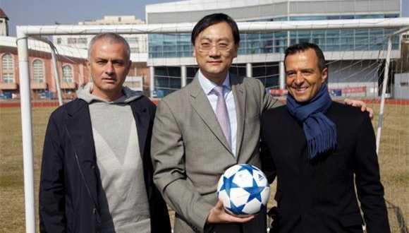 Mourinho và người đại diện Mendes trong chuyến ghé thâm Trung Quốc