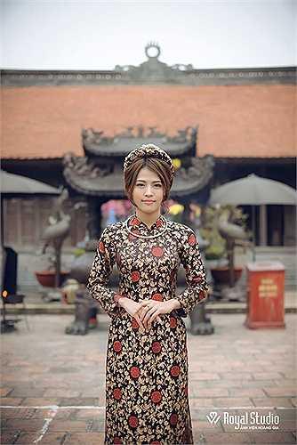 Cô giáo Cẩm Vân rất muốn giới thiệu nét đẹp văn hóa của mảnh đất Nam Định đến với du khách bốn phương