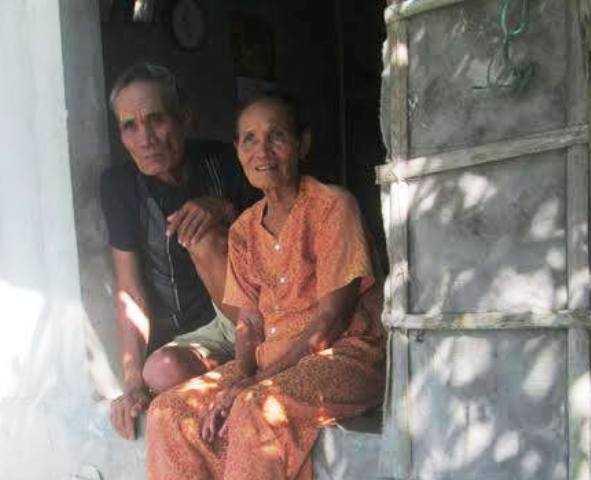 Suốt 30 năm qua vợ chồng ông Đáp gắn bó với rừng Rú Chá.